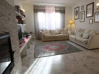Il soggiorno: Soggiorno in stile in stile Moderno di Studio Tecnico Associato Rando