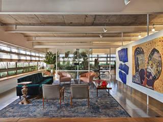 Piratininga Arquitetos Associados Minimalist living room