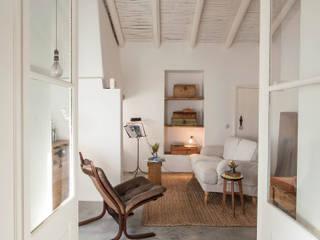Salon de style  par atelier Rua - Arquitectos