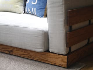 BOXSOFA: LEAD ME HOME by rivergateが手掛けた折衷的なです。,オリジナル
