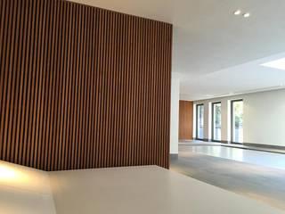 Espace Balnéothérapie - Piscine intérieure: Spa de style de style Scandinave par Interieur9