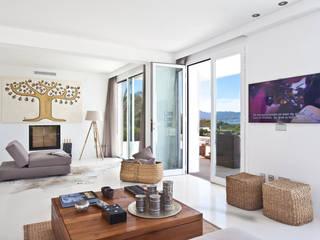 Projekty,  Salon zaprojektowane przez ANTONIO HUERTA ARQUITECTOS