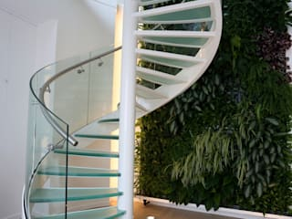 EeStairs® Spiral staircases EeStairs | Stairs and balustrades Modern corridor, hallway & stairs Glass