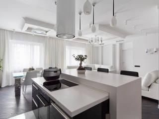 гостиная - кухня - столовая: Кухни в . Автор – Творческая Мастерская Владимира Романова
