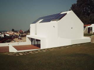 HUGO MONTE | ARQUITECTO Villas Concrete White