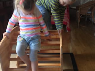 juergensendesign Habitaciones para niños de estilo rústico Madera