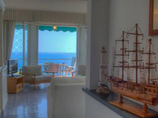 Mediterranean style corridor, hallway and stairs by Emilio Rescigno - Fotografia Immobiliare Mediterranean