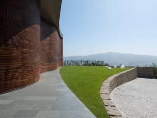 Modern home by Atelier fernando alves arquitecto l.da Modern