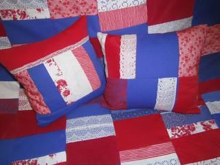 Patchworkkissen,rot,blau:   von schneiderei jerke
