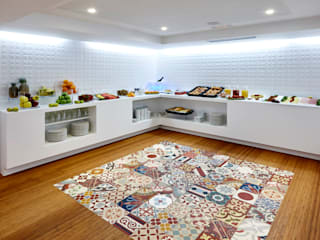 Modern kitchen by Mosaic del Sur Modern