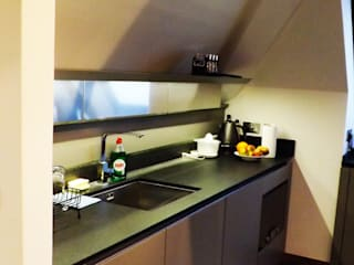 Flat in Imperial Wharf Welchome Interior Design London Dapur Modern