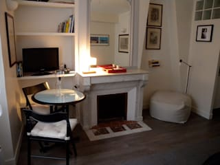 studio_parigi2: Soggiorno in stile in stile Moderno di Sabrina_Siviero