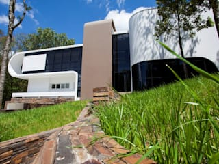 Casas de estilo  por LimaRamos & Arquitetos Associados, Moderno