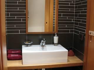 Salle de bain asiatique par Pardo Gaetano Architetto Asiatique