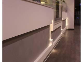 Bares y clubs de estilo moderno de Giuseppe Strippoli Designer Moderno