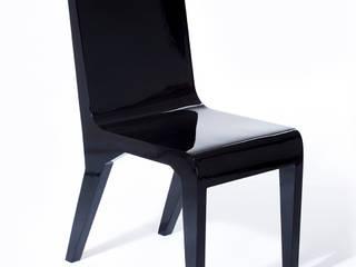 Pose Chair:  de estilo tropical por Polígono , Tropical