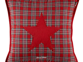 ПОДУШКА GRAND DESIGN RED STAR:  в . Автор – BoDeCo