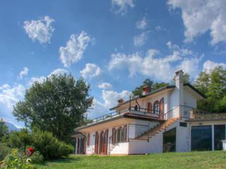 Modern houses by Emilio Rescigno - Fotografia Immobiliare Modern