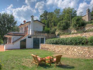 Casas estilo moderno: ideas, arquitectura e imágenes de Emilio Rescigno - Fotografia Immobiliare Moderno