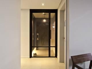 노은동 열매마을 9단지 : 도노 디자인 스튜디오의  거실