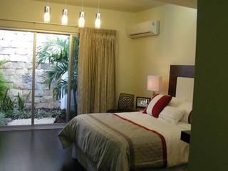 Bedroom by Arquitectos Interiores, Modern