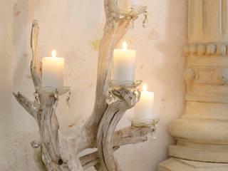 Portacandele e Lampade: Soggiorno in stile  di Viviano Biagioni