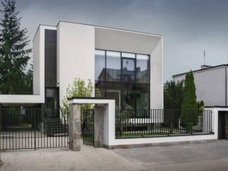 房子 by PAWEL LIS ARCHITEKCI