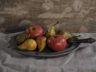 Frutta in cera: Arte in stile  di Viviano Biagioni