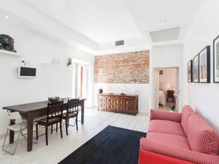 Casa Vacanze BB1 LABORATORIO DI ARCHITETTURA & DESIGN Soggiorno moderno Pietra Bianco
