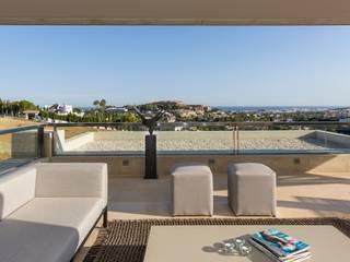 XLC Modern balcony, veranda & terrace