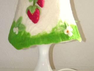 Tischlampe Erdbeeren:   von filzdingerz