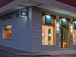 Offices & stores by SENZA ESPACIOS, Modern
