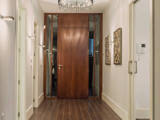 Corridor & hallway by SENZA ESPACIOS, Mediterranean