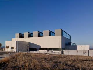 Nueva Biblioteca Pública del Estado // Segovia: Casas de estilo  de Cano y Escario Arquitectura