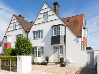 Projekty,  Domy zaprojektowane przez Granit Architects