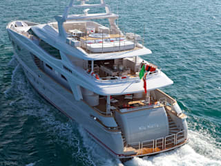 SA&V - SAARANHA&VASCONCELOS Modern Yachts and Jets