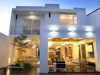 posterior Casas modernas de arketipo-taller de arquitectura Moderno