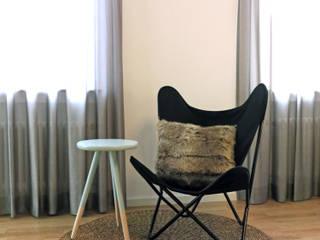 Apartment S02 Holzer & Friedrich GbR Moderne Wohnzimmer