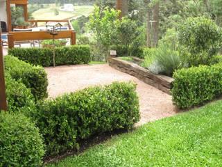 Vườn phong cách đồng quê bởi creare paisagismo Đồng quê