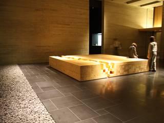 木材会館: 株式会社ライティングMが手掛けた和室です。,