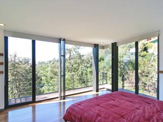 alexandro velázquez Dormitorios de estilo moderno