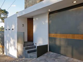 Casas estilo moderno: ideas, arquitectura e imágenes de alexandro velázquez Moderno