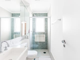 Ванная комната в стиле модерн от Paula Carvalho Arquitetura Модерн