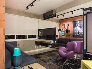 GC HOUSE Salas de estar modernas por Arquitetando ideias Moderno