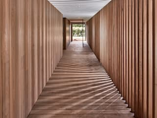 Modular Home in Berry, NSW Modscape Holdings Pty Ltd Minimalist corridor, hallway & stairs Wood