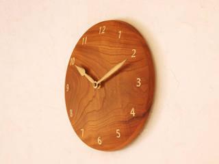 掛け時計 ケヤキ材: 木工 木の香が手掛けた折衷的なです。,オリジナル