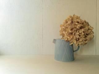 ピッチャー: 水谷美樹が手掛けた折衷的なです。,オリジナル