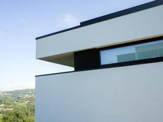 Casa da Boavista: Casas  por Miguel Zarcos Palma,Moderno