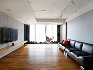 NATURAL WOOD HOUSE: housetherapy의  거실,모던