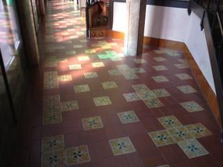 Moderne Veranstaltungsorte von Mosaics Torra Modern